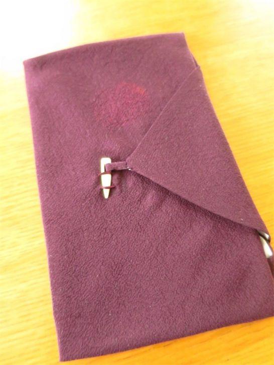 慶弔兼用 紫縮緬の台付ふくさ
