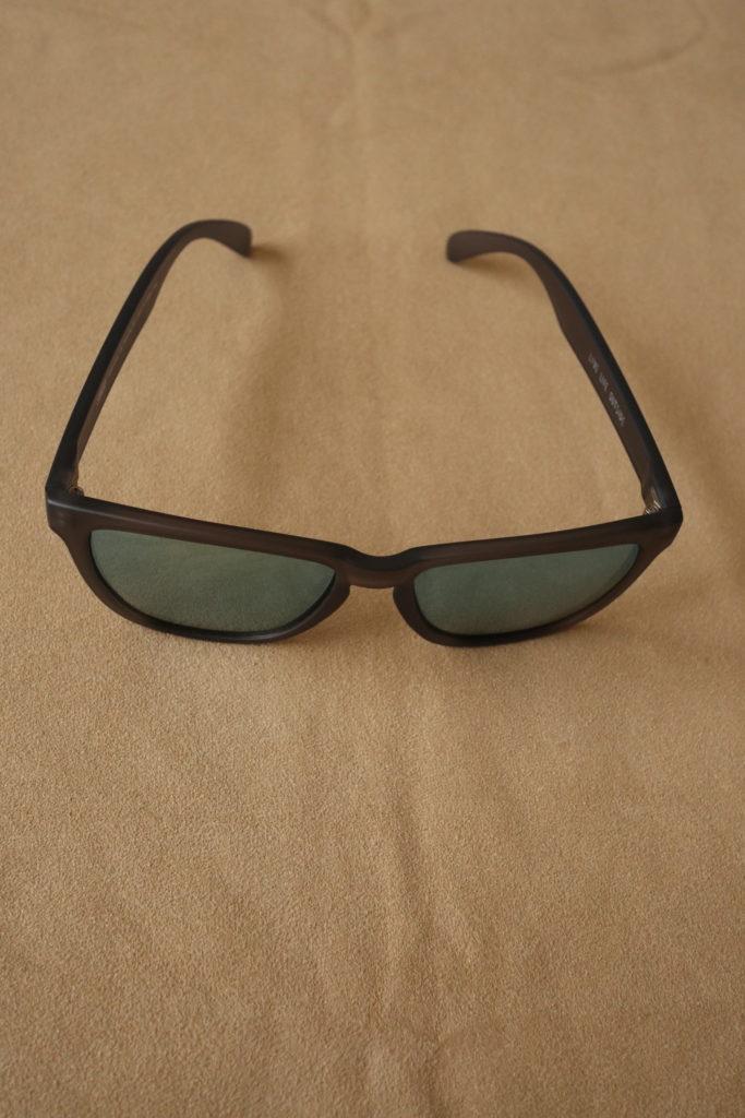 SUNSKIのサングラスでUV対策