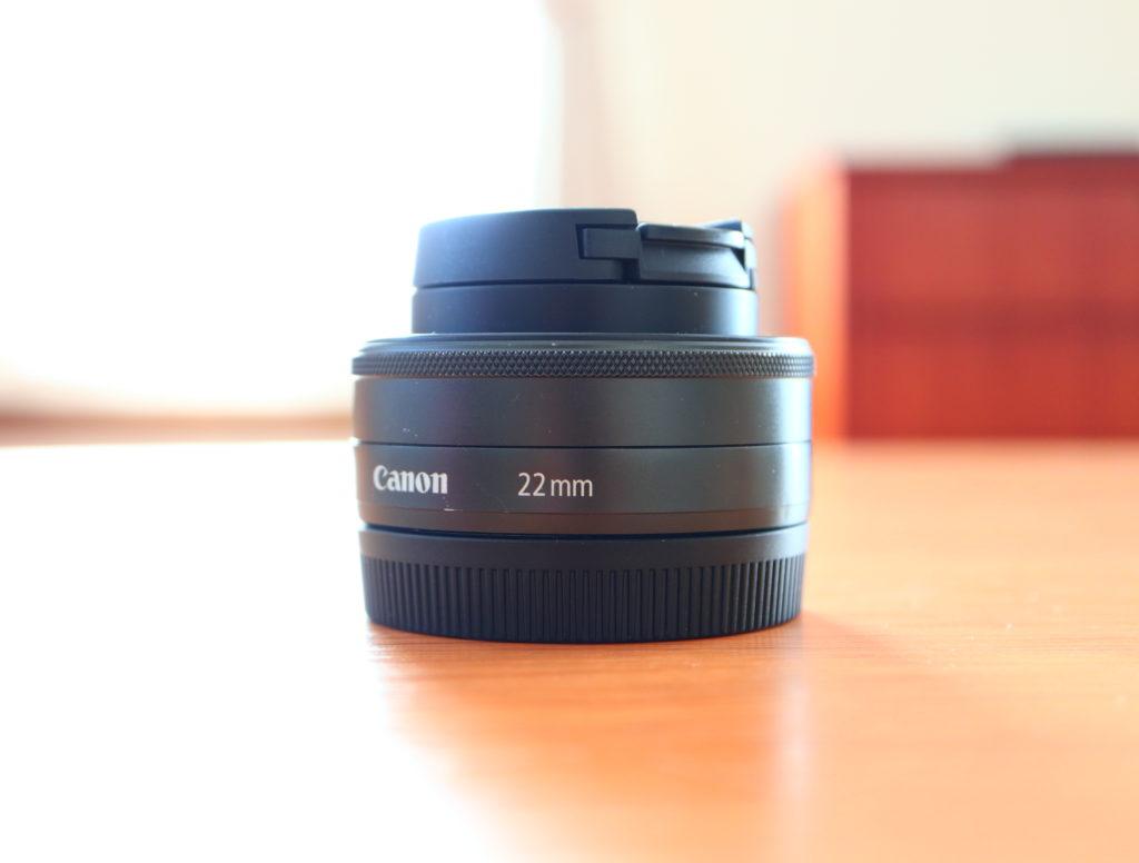 CANONミラーレス一眼EOSM100と単焦点EF-M22mm F2 STM