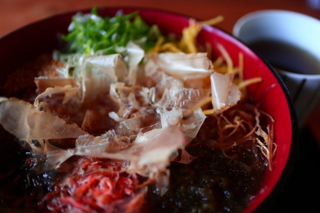 三輪の和風カフェ花もりの御神饌素麺
