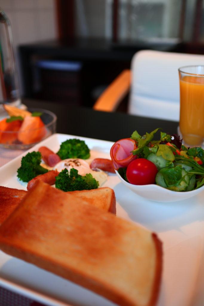 奈良ゲストハウスみもろの朝食