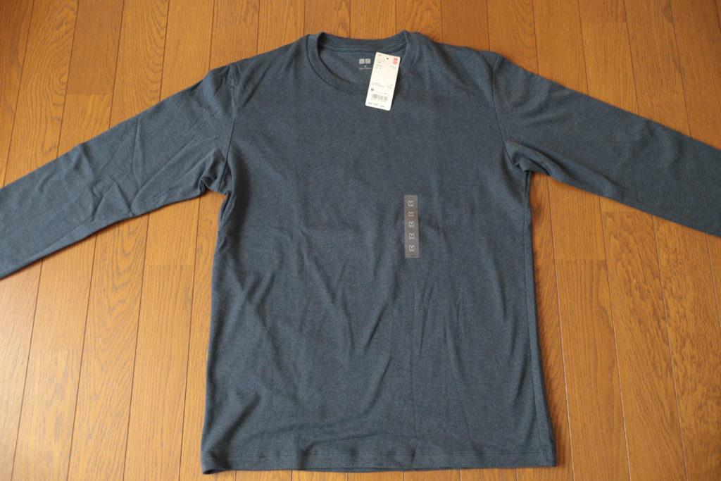 ユニクロのノームコアアイテム、コットンTシャツ