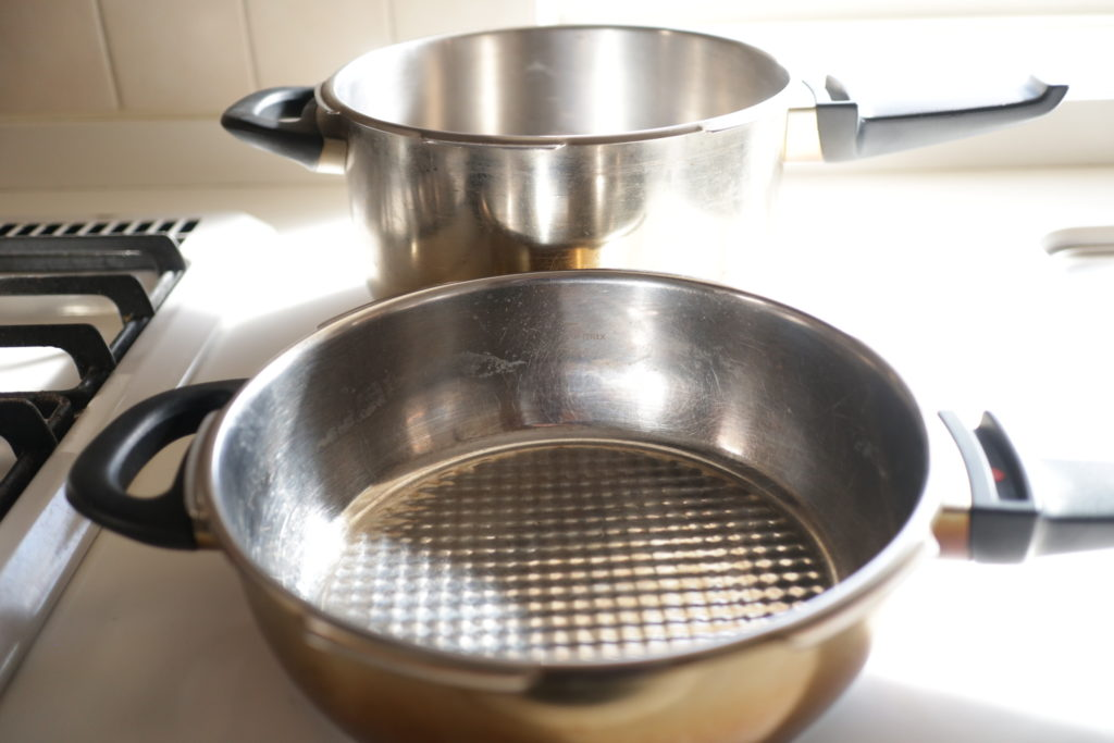 フィスラーの圧力鍋は蓋を兼用