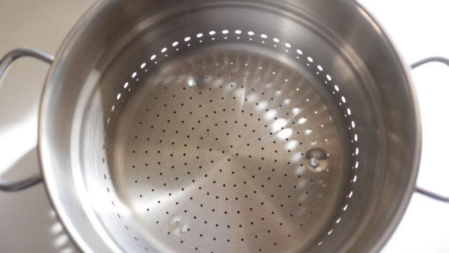 フィスラーの鍋を蒸し器として使う