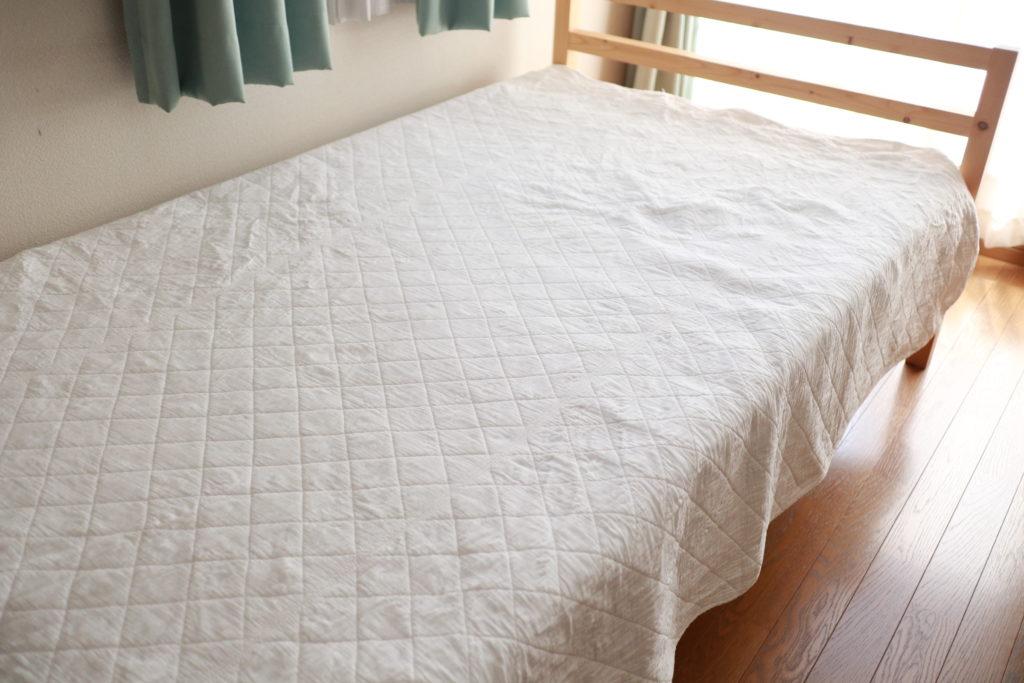 パシーマを週一度選択して、ベッドのホコリ除けに