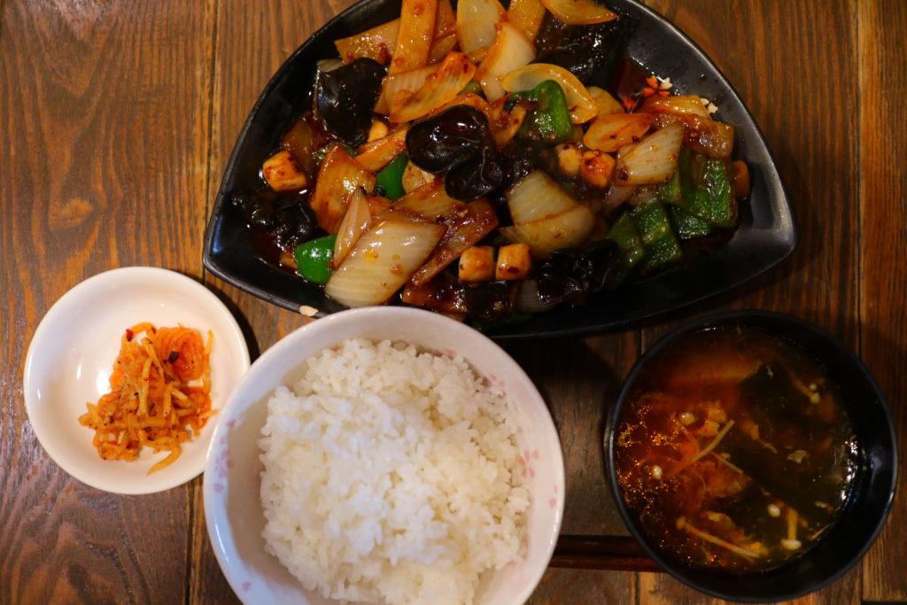 横浜中華街のかくれた名店「杜記」で本格四川料理ランチ