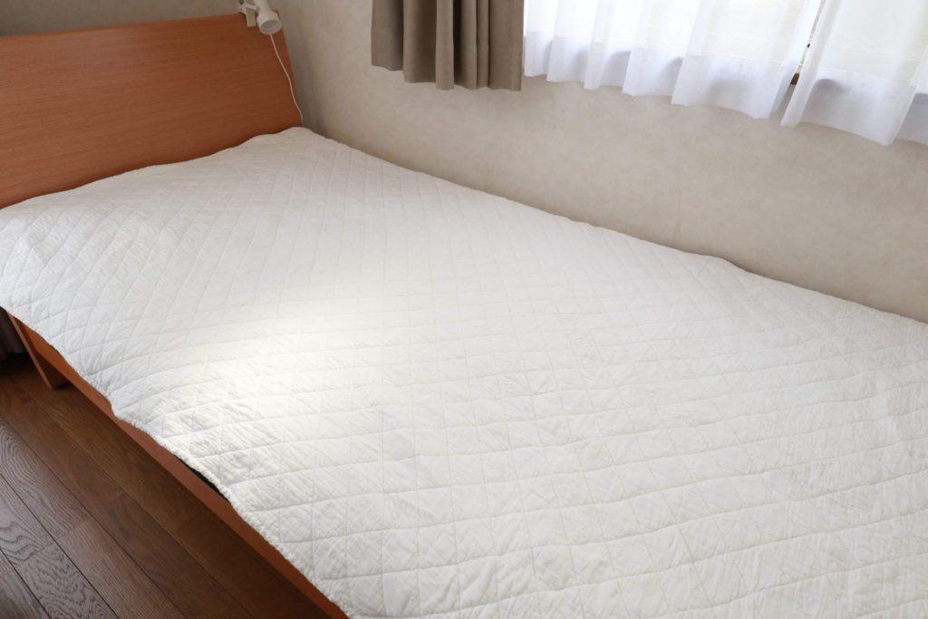 ベッドメイキングをラクにする寝具アイテムご紹介