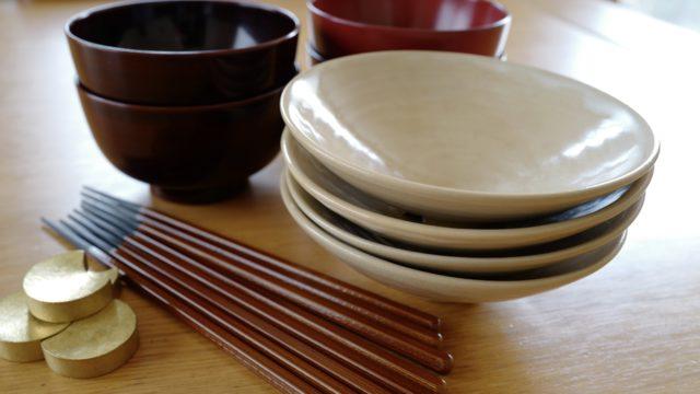 食器はみんないっしょのものを使って家事をシンプルに。