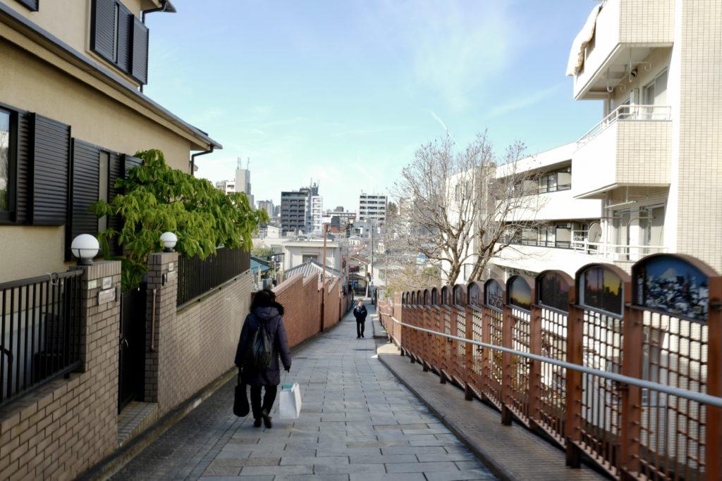 LeicaQ作例:西日暮里富士見坂