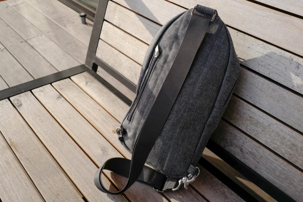 マリメッコ「コルッテリ」クロスボディはミニマリストにぴったりなワンショルダーバッグ
