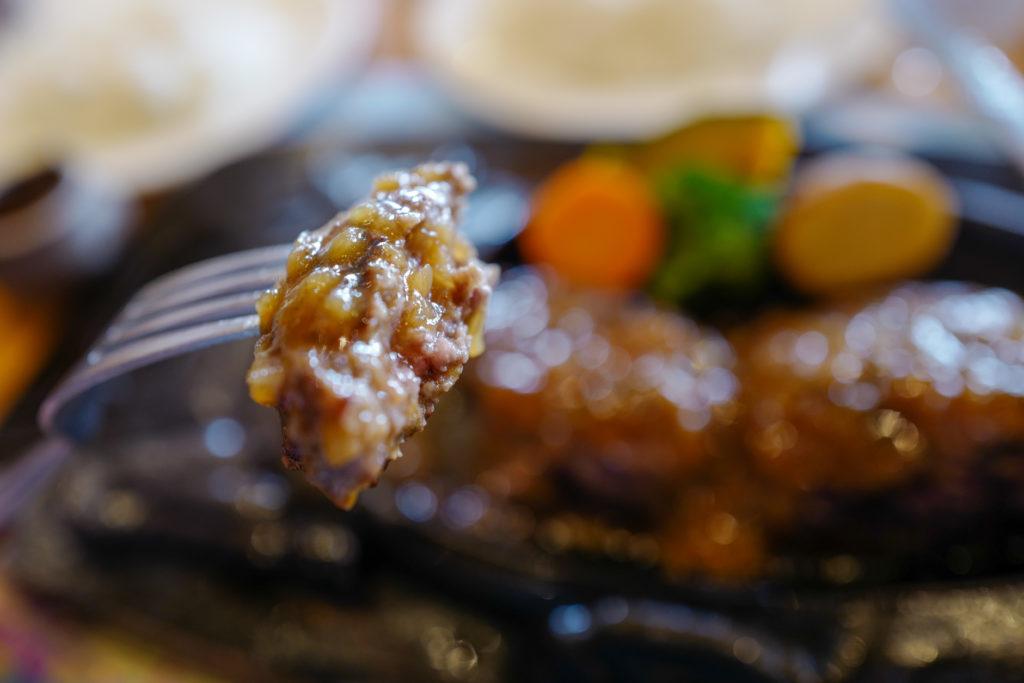 静岡名物、炭火焼レストラン「さわやか」でキャンプ撤収後のサヨナラランチ
