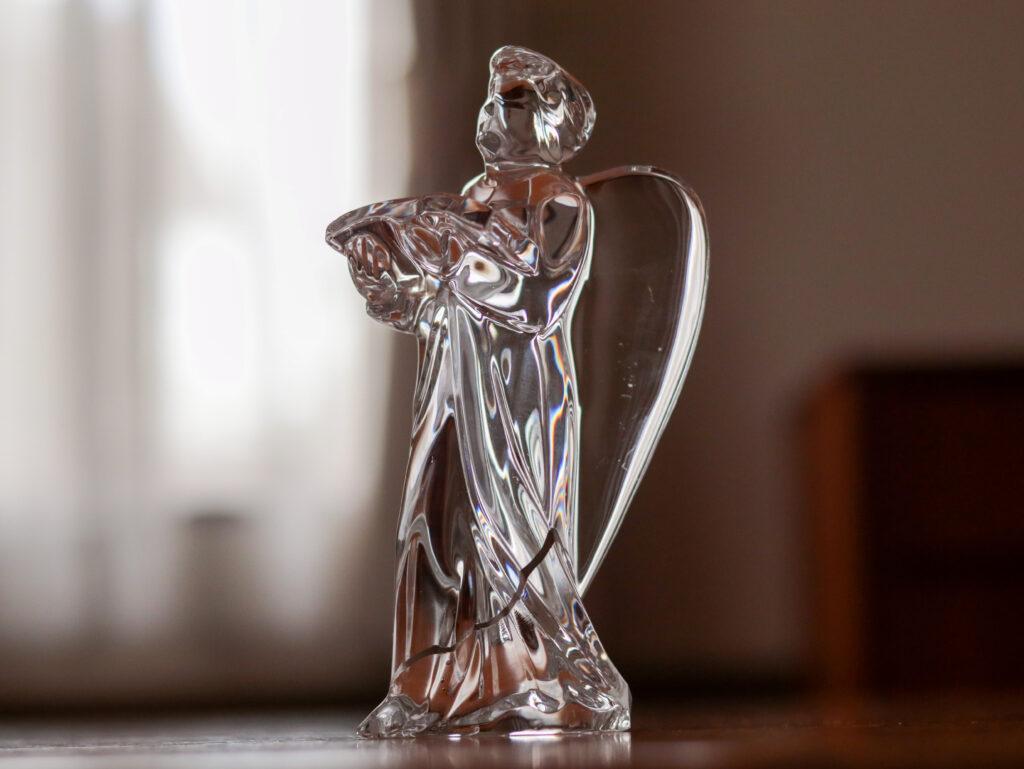 バカラのクリスタル像を金継ぎで修復