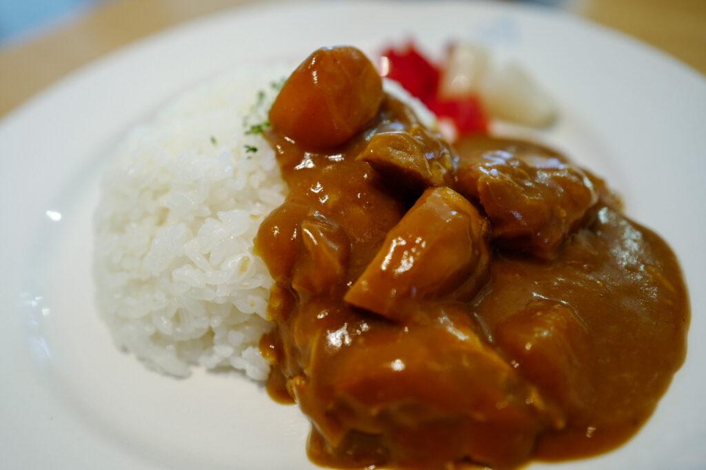 函館4泊5日ひとり旅で食べたおいしいもの&おいしいお店12:青森県立美術館 カフェ4匹の猫