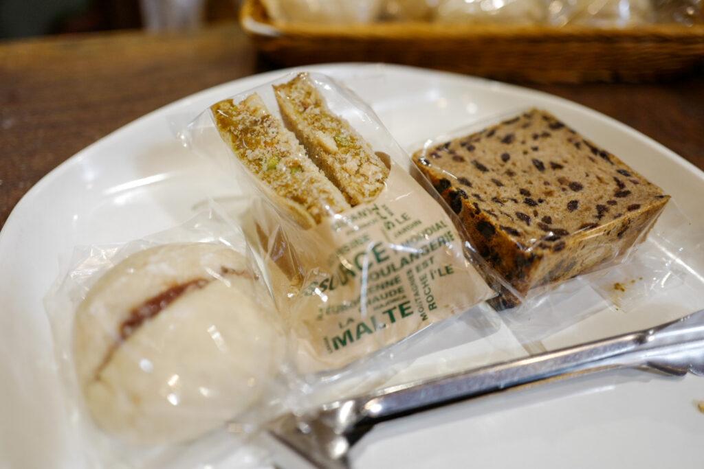 夫婦ふたり長野ドライブ旅1泊2日:道の駅こぶちさわでおいしいパン
