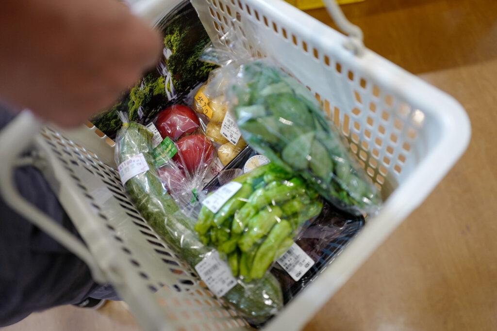 夫婦ふたり長野ドライブ旅1泊2日:道の駅こぶちさわで新鮮野菜